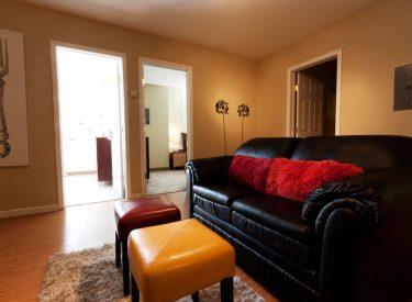 Amenities include sofa/love seat, sofa chair