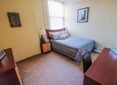 We have 2 or 3 bedrooms floorplans available